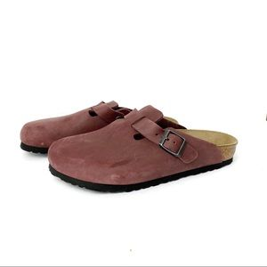 Birkenstock Boston Clog in Zinfandel Oil Leather